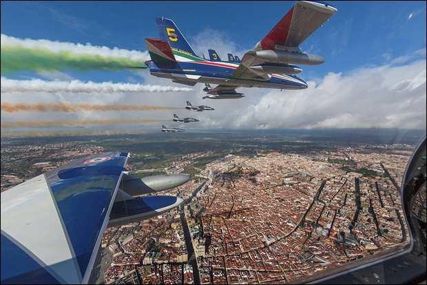 Le Frecce Tricolori al 75° anniversario dell'Aeronautica Spagnola