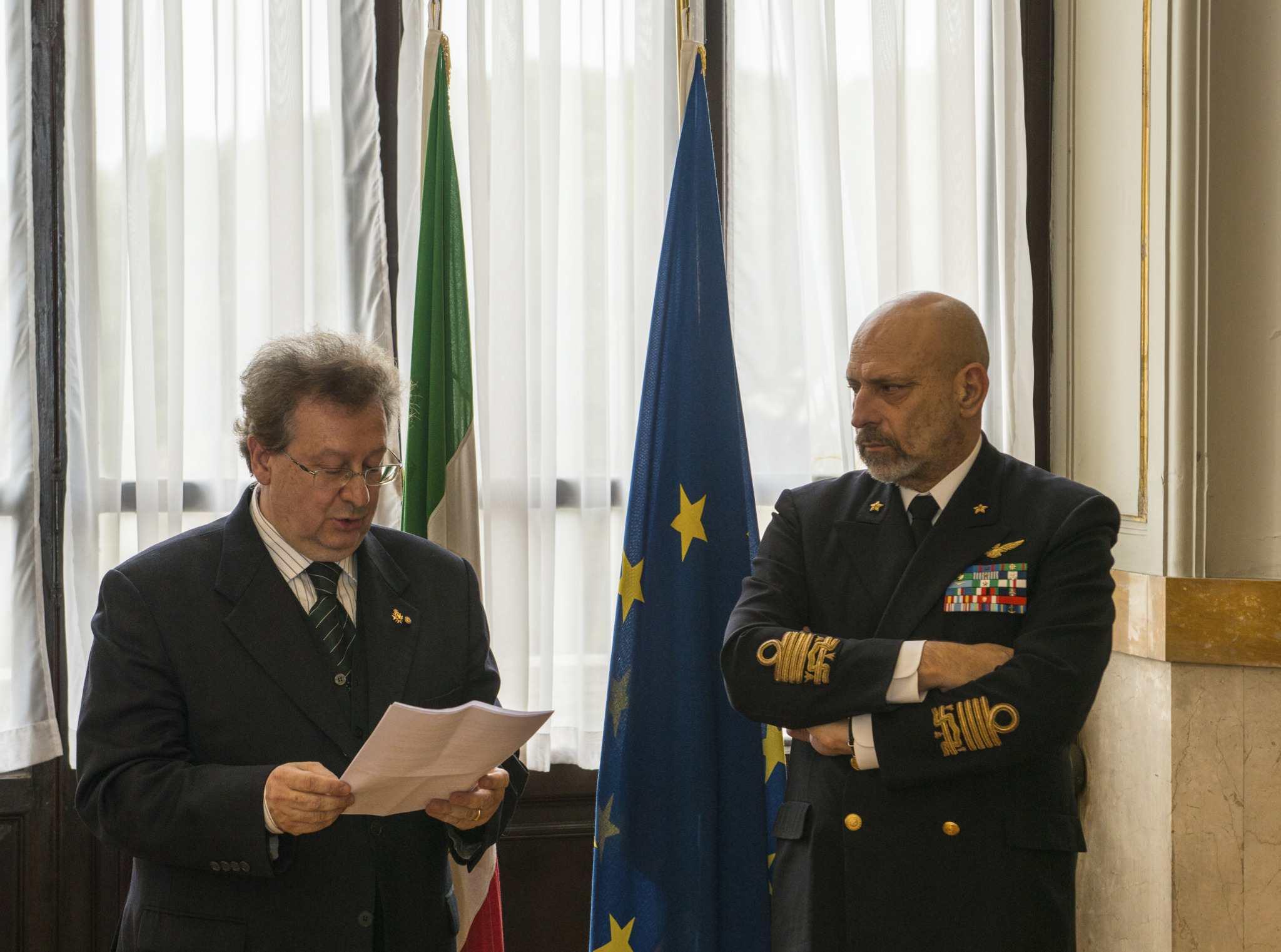 All'Ammiraglio Giuseppe De Giorgi la medaglia del VII centenario della scoperta di Lanzarote