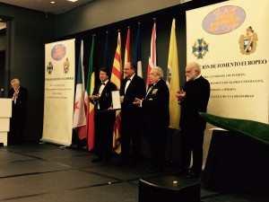 Il Presidente della Casa degli Italiani Giuseppe Meli riceve il prestigioso premio