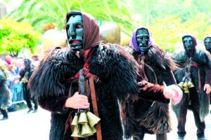 I Mamuthones, le maschere del carnevale di Mamoiada