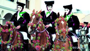 Folcloristica manifestazione della Sartiglia di Oristano dal 1547 in onore del re di Spagna, Carlo V